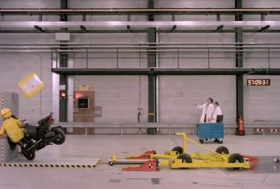 Crash Test - Commercial for New York Pizza